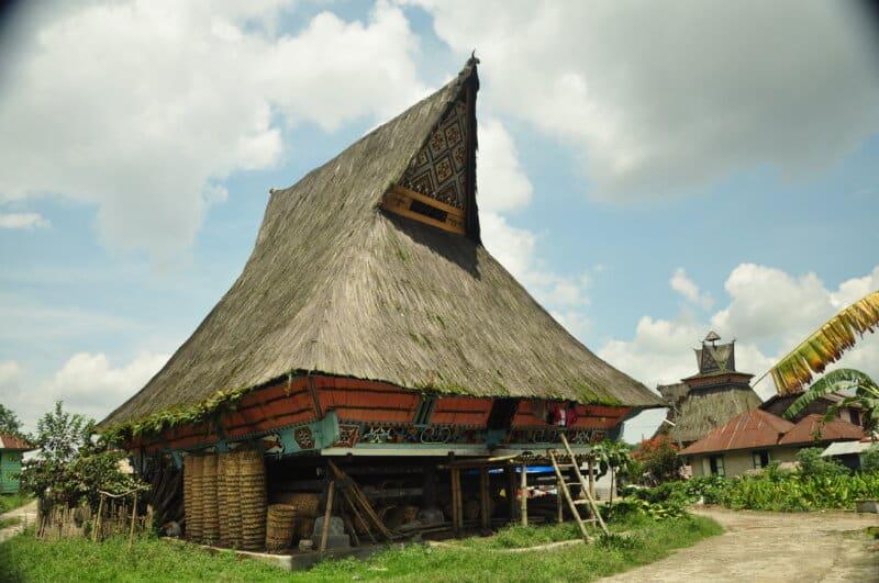 Desa-Lingga