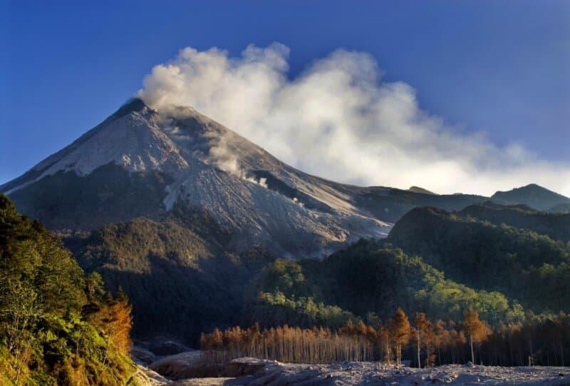 Gunung-Merapi-Magelang