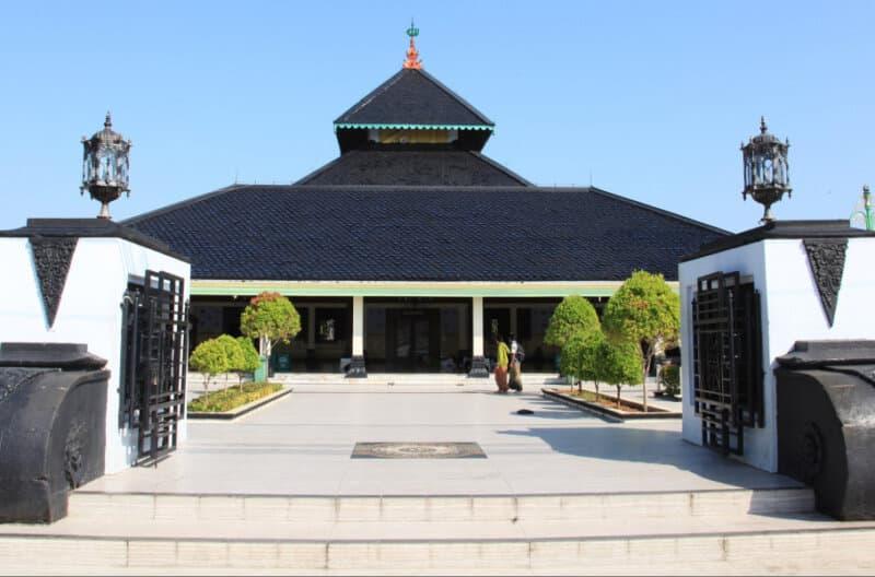 Masjid-Agung-Demak-Demak