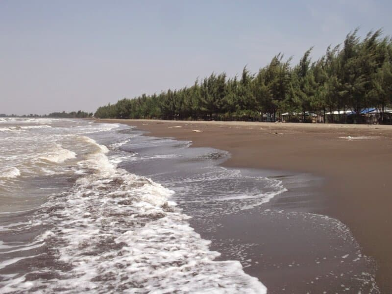 Pantai-Blendung-Pemalang