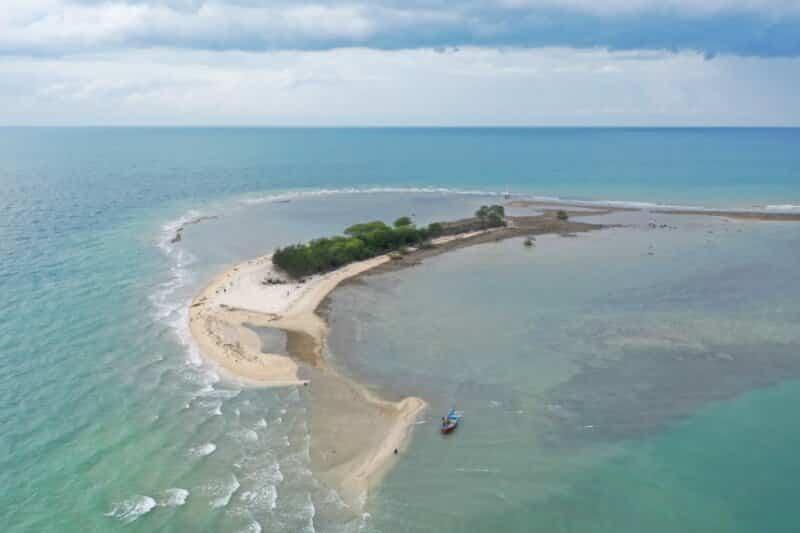 Pulau-Gede-Rembang