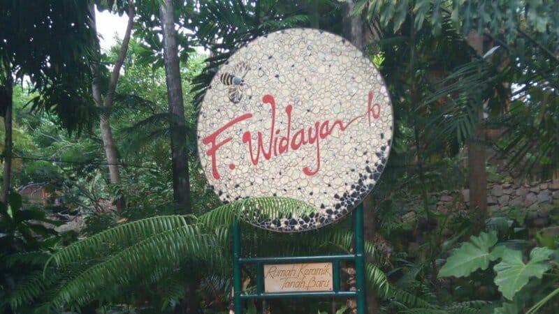 Rumah-Keramik-F-Widayanto