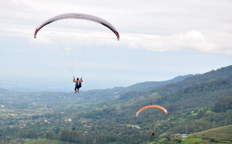 Batu-Dua-Paragliding