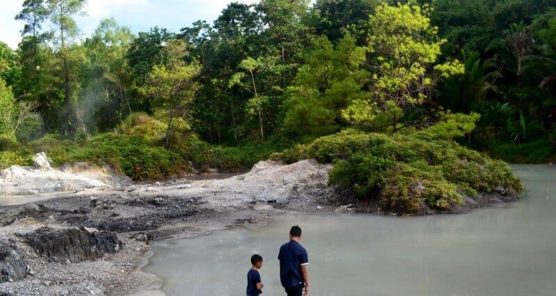 Hutan-Lahendong