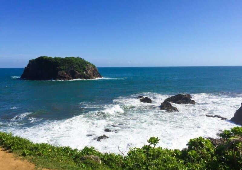 Pantai-Karang-Tawulan