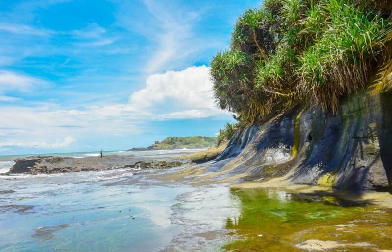 Pantai-Karang-Tepas