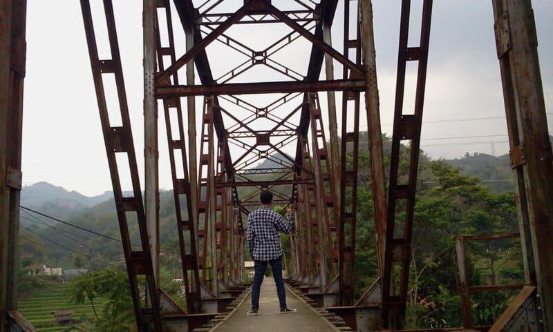 Jembatan-Kereta-Api-Cikudapateuh