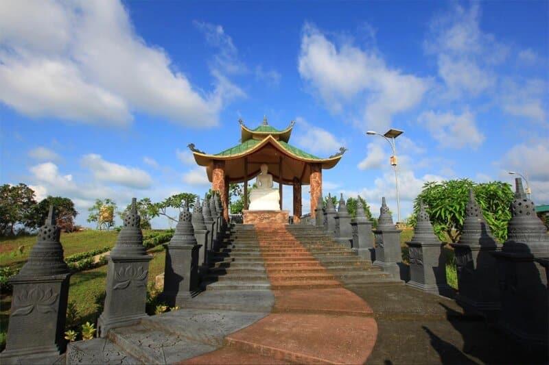 Pa-auk-tawya-vipassana-dhura-hermitage-Batam