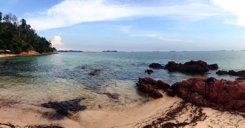Pantai-Pasir-Putih-Mirota-Batam