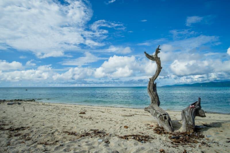 Pantai-Tanjung-Pinggir