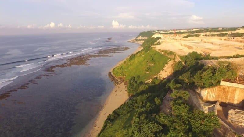 Fasilitas Pantai Gunung Payung Bali