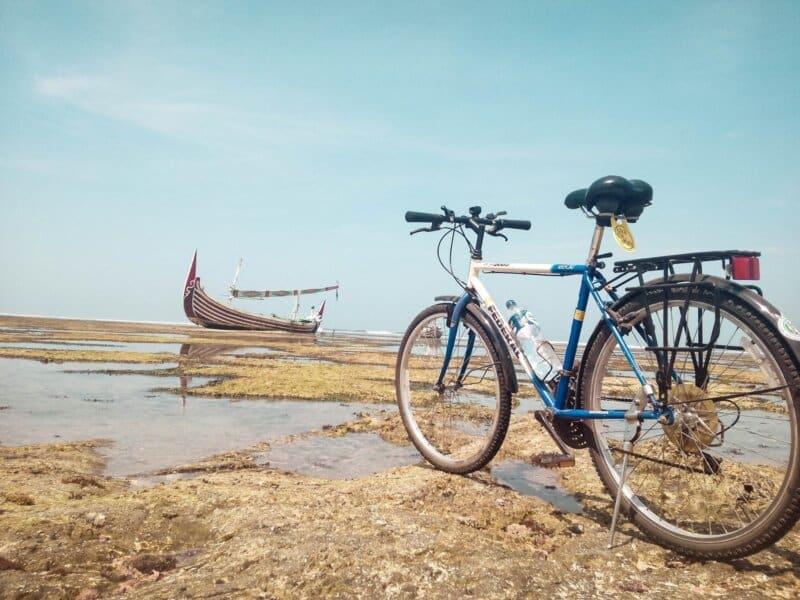 Keliling Naik Sepeda