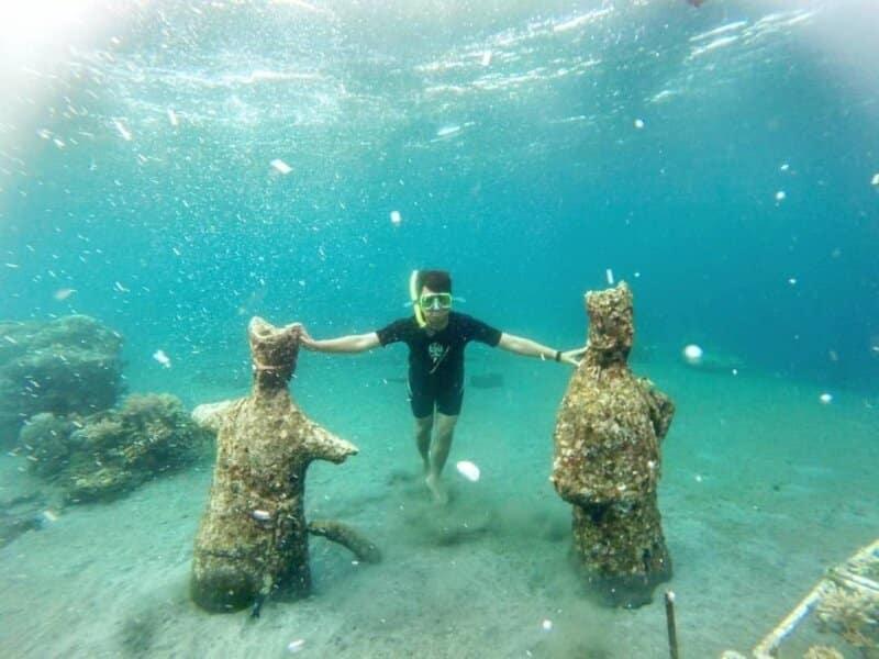 Terdapat Patung Penari Gandrung di Bawah Laut