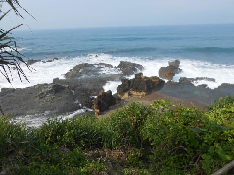 Akses dan Rute Menuju Pantai Keusik Luhur