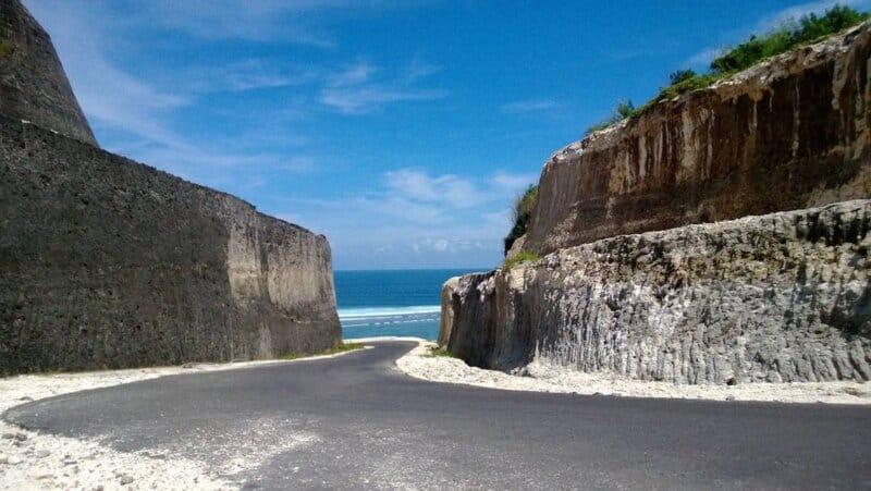 Objek-Wisata-Dekat-Pantai-Jimbaran-Bali