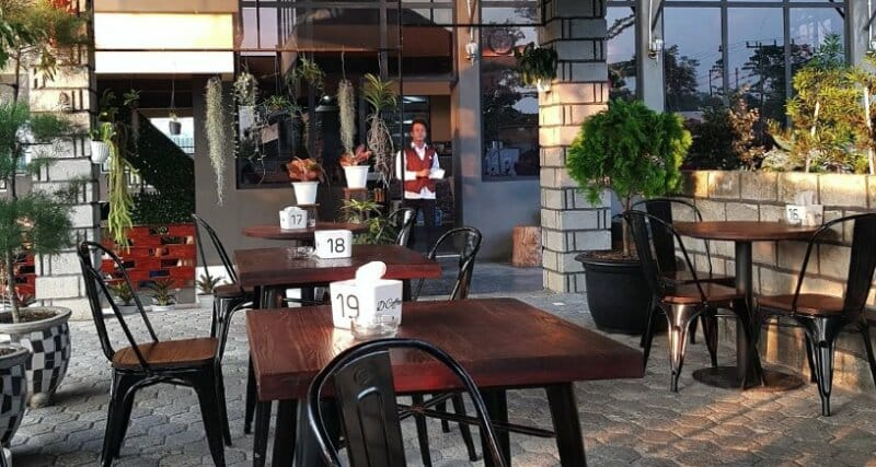 Dylans-Cafe-Binjai
