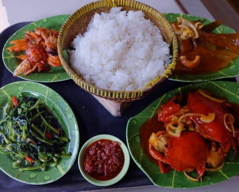 Makan Seafood Lesehan