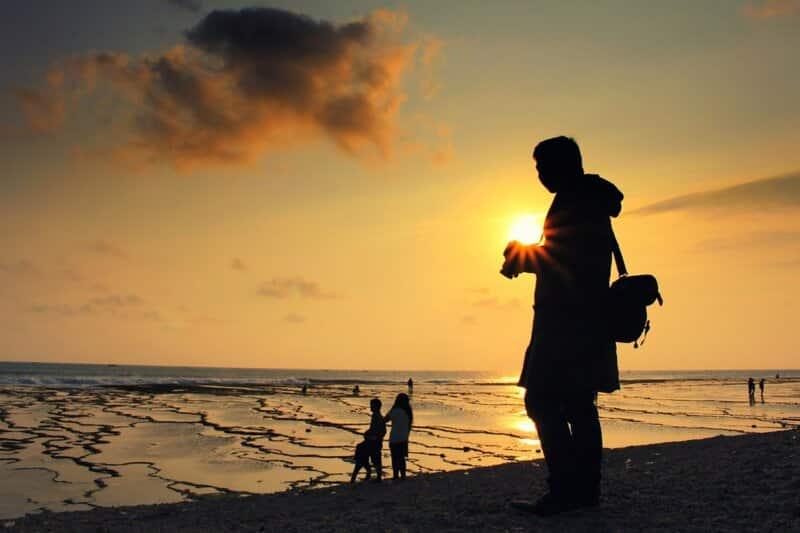 Tips Berwisata ke Pantai Cibuaya