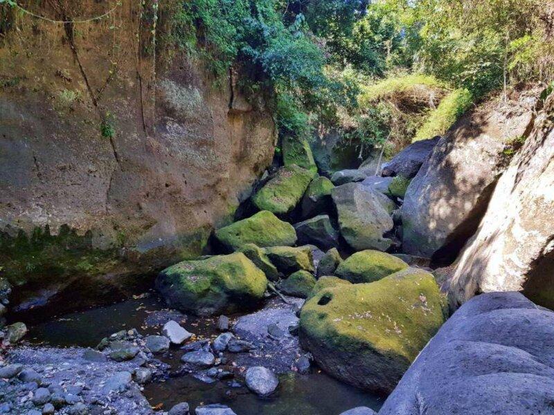 Treking Sungai Beji Guwang