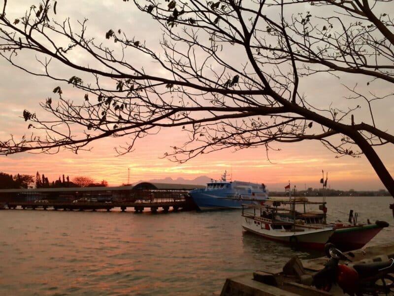 Pelabuhan Pantai Kartini