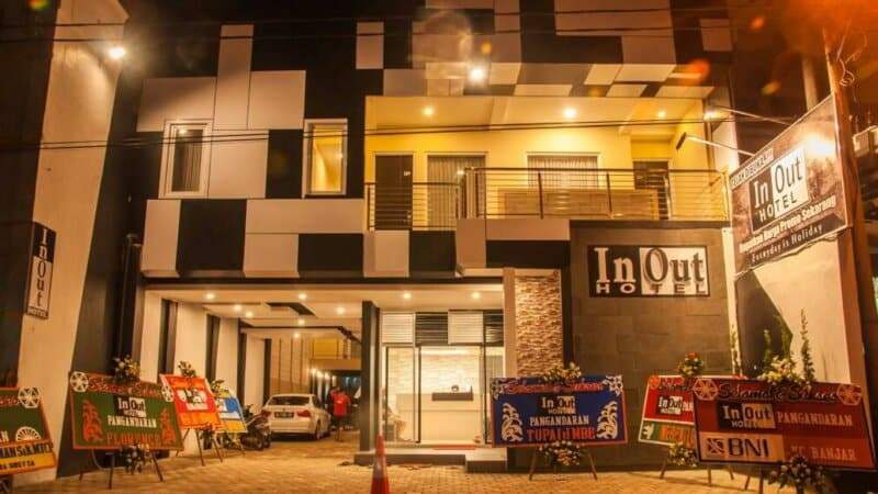 In-Out-Hotel-Pangandaran